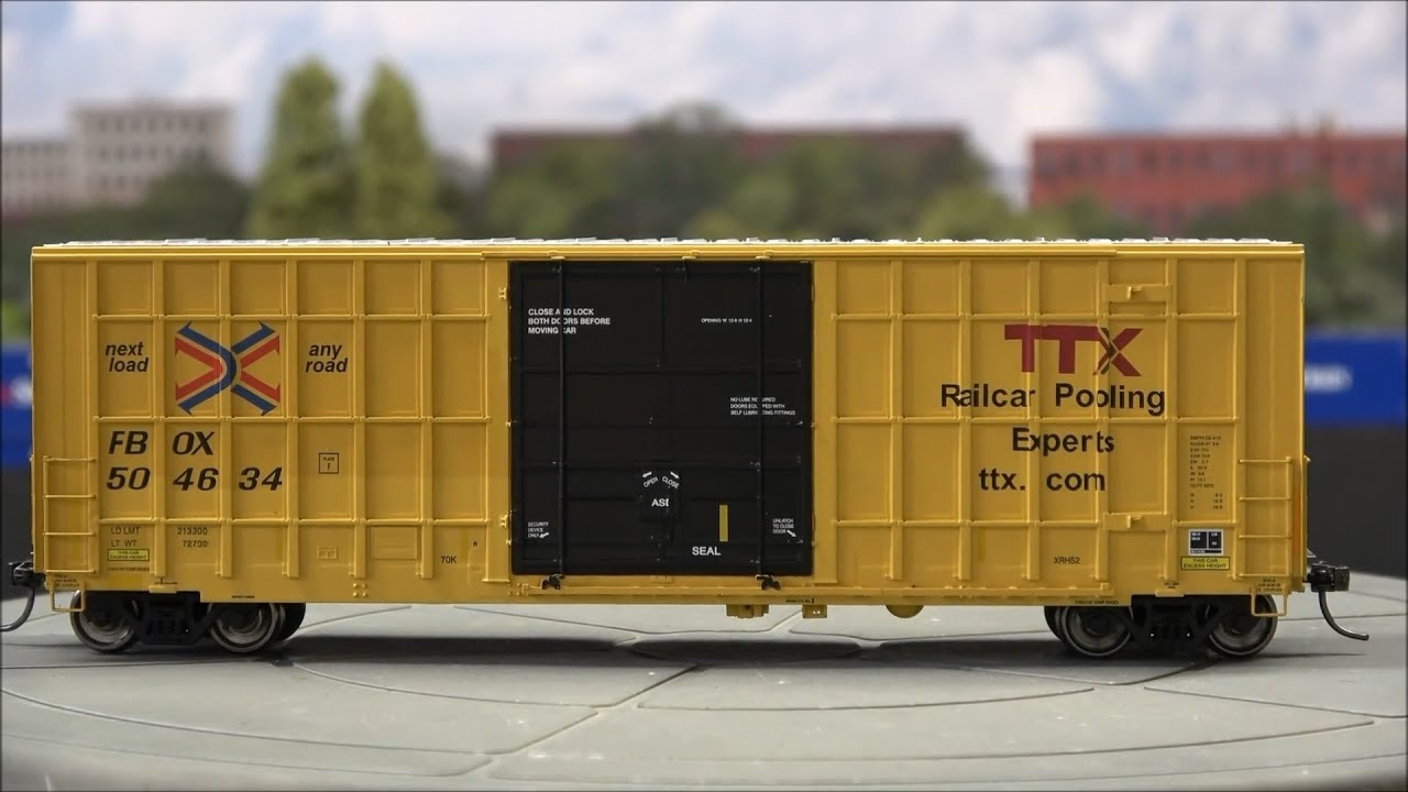Review: ExactRail 6275 Plug Door Box Car Transition, Old, New Schemes!