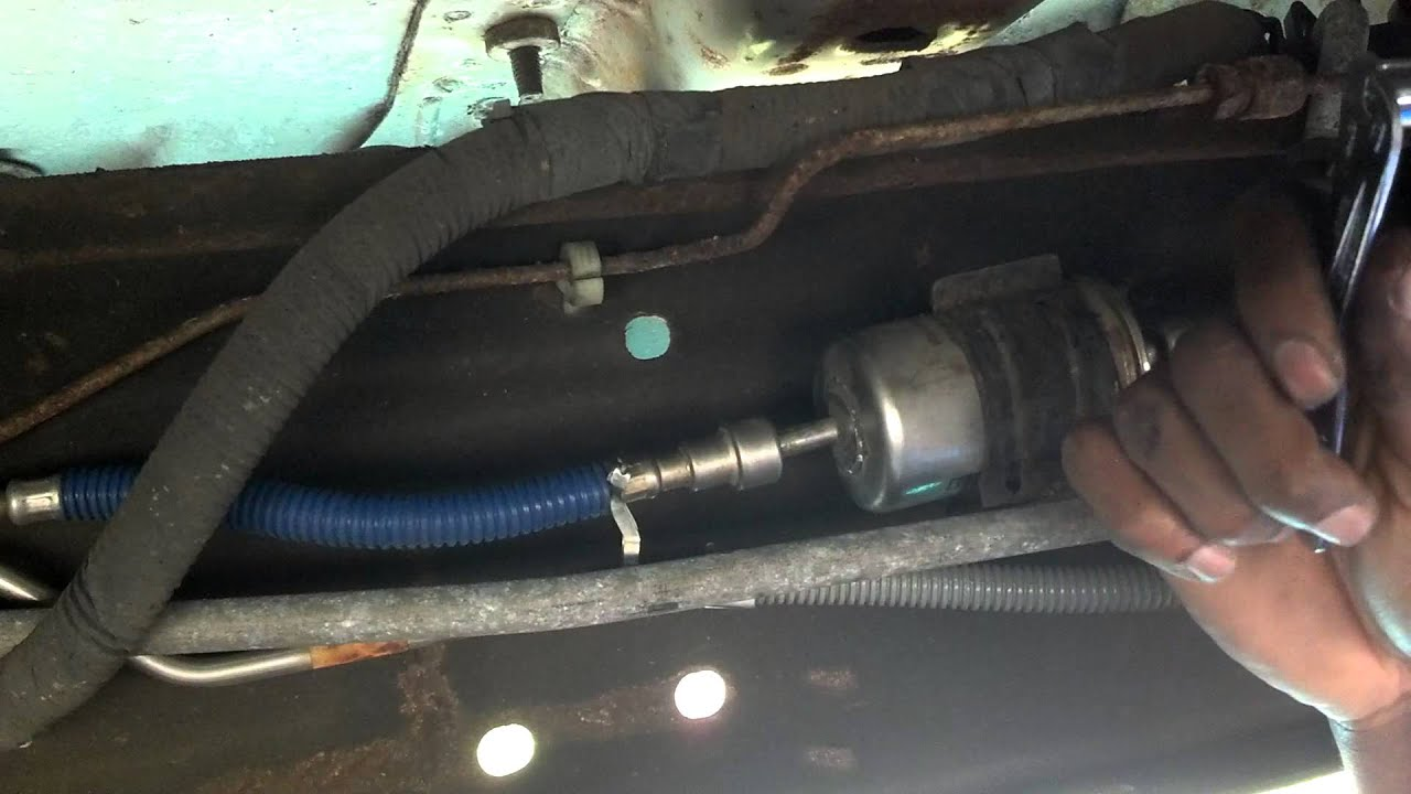 how to change your fuel filter in a ford [ 1280 x 720 Pixel ]