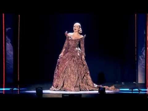 Katherine Jenkins - Una voce poco fa (Viva la Diva - 02 Arena London)