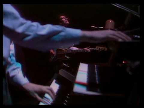 Enola Gay  1981  OMD