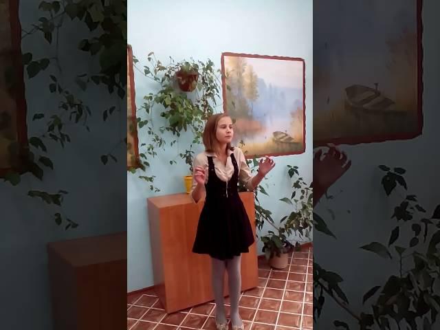 Изображение предпросмотра прочтения – ДарьяКрендикова читает произведение «Призраки» И.А.Бунина