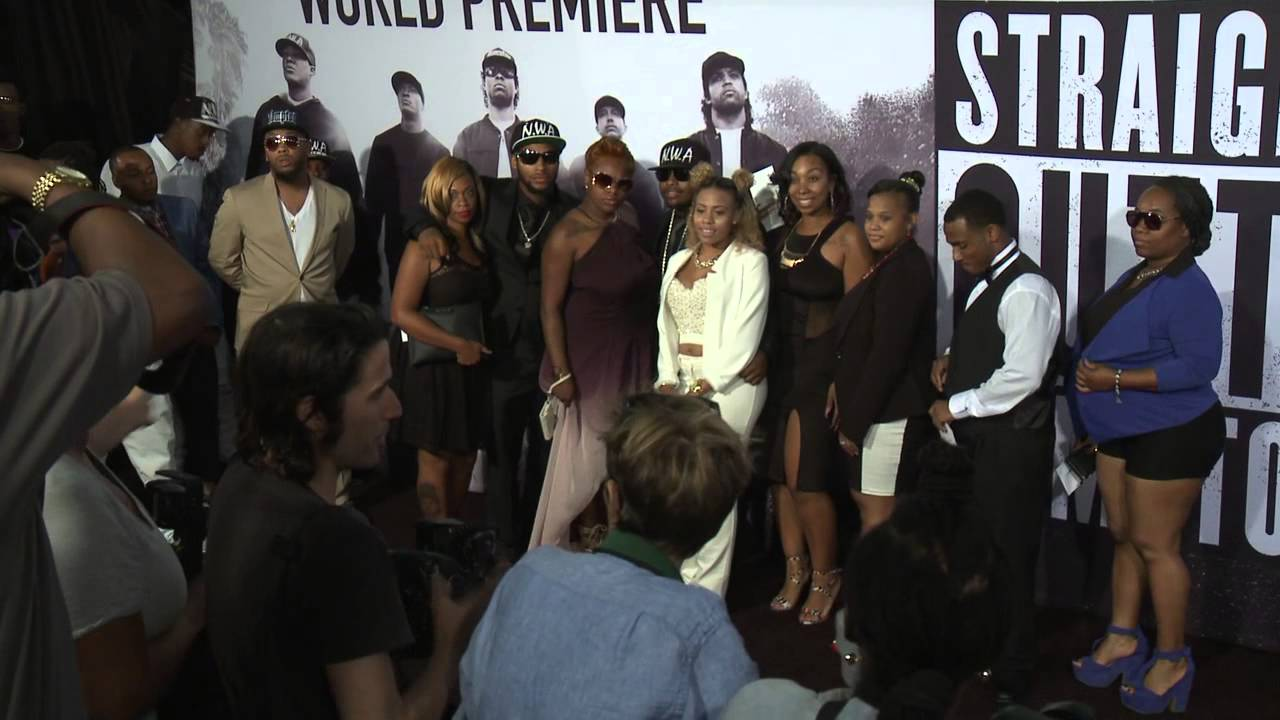 Straight outta compton tomica woods wright red carpet premiere - Straight Outta Compton Tomica Woods Wright Red Carpet Premiere 13