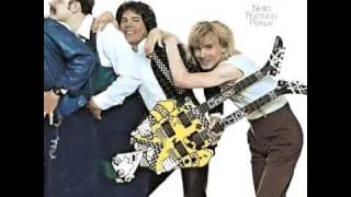 Watch Cheap Trick Invaders Of The Heart video