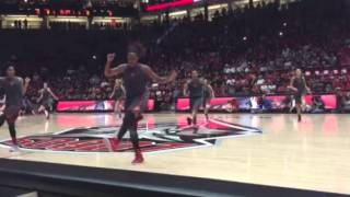 Lobo women's basketball team dances