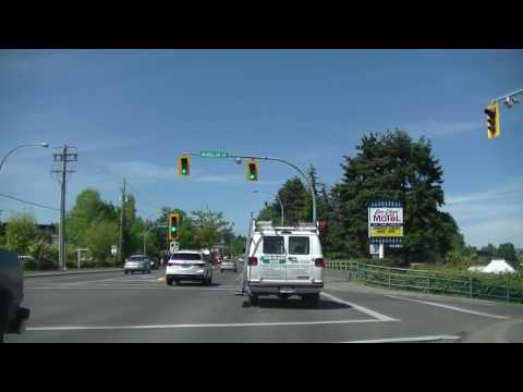 Driving In PARKSVILLE - British Columbia On Vancouver Island - Canada - Relaxing Summer Town / City