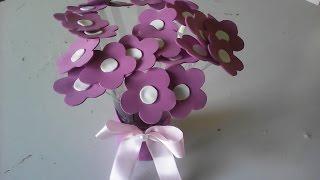Vaso de rosas em eva para decoração de festa (mesa)