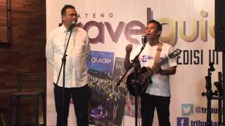 Download lagu Cak Lontong dan Tatok Menyanyi Lagu-lagu Nusantara Versi Pelawak (VIDEO)