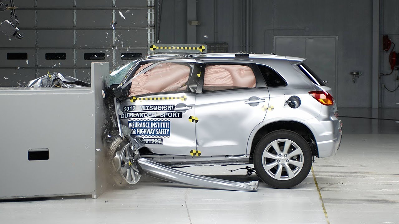 2012 Mitsubishi Outlander Sport Driver Side Small Overlap IIHS Crash Test