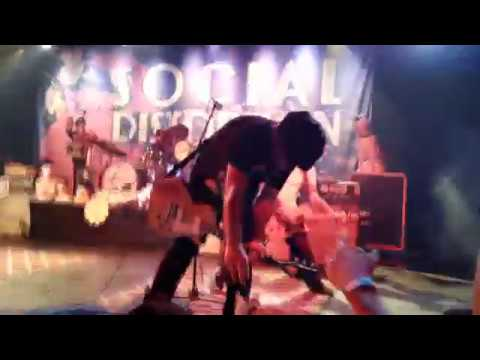 Ring Of Fire Social Distortion Official