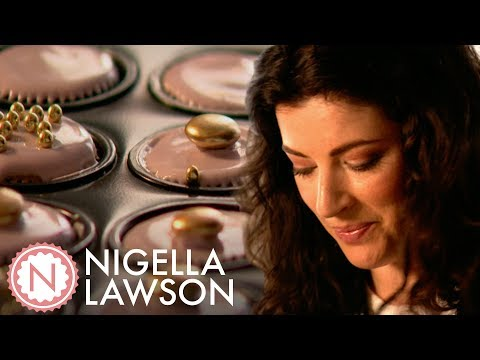 Nigella Lawson's Birthday Cupcakes   Nigella Bites