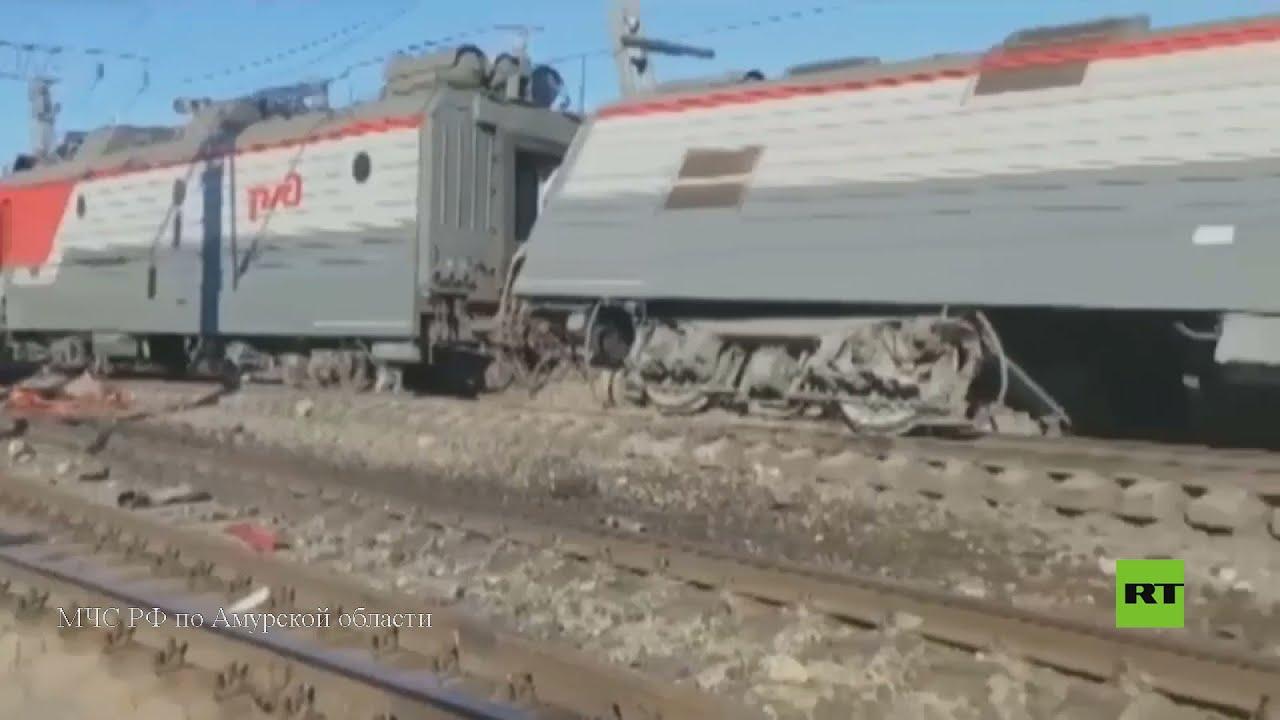 قتيلان وانحراف عربات عن المسار جراء اصطام قطار بشاحنة في أقصى شرق روسيا  - نشر قبل 4 ساعة