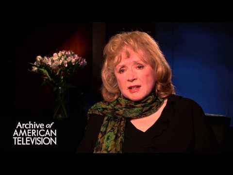 Piper Laurie discusses the way she was perceived in her early career - EMMYTVLEGENDS.ORG