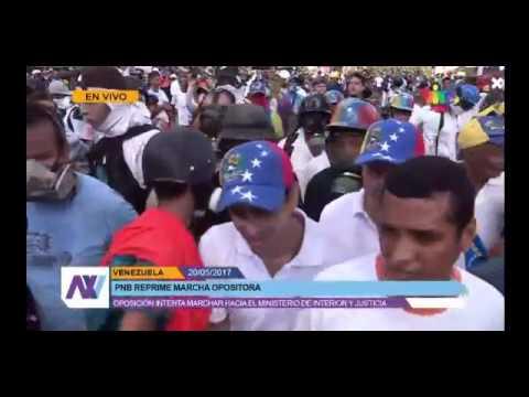 """Capriles con """"guarimberos"""" en la marcha del 20 mayo 2017"""