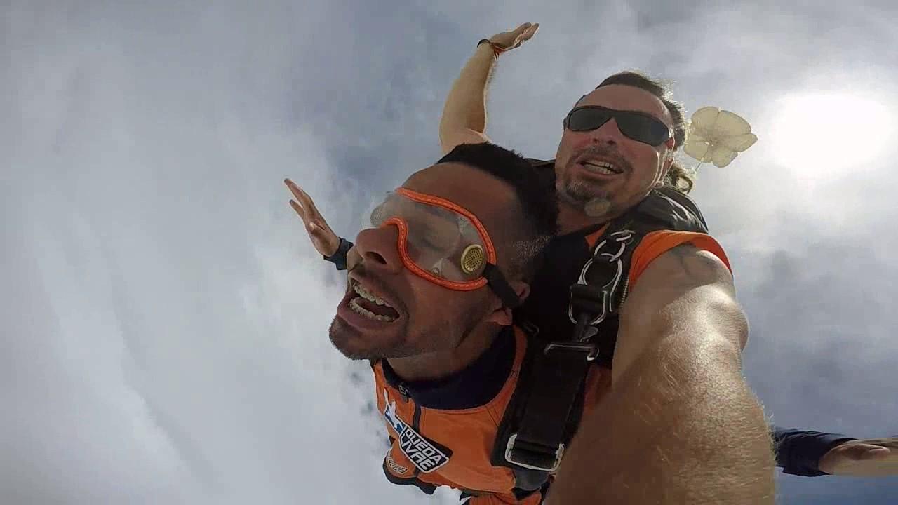 Salto de Paraquedas do João Carlos na Queda Livre Paraquedismo 22 01 2017