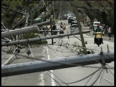 Raw: Deadly Typhoon Smashes Into Philippines