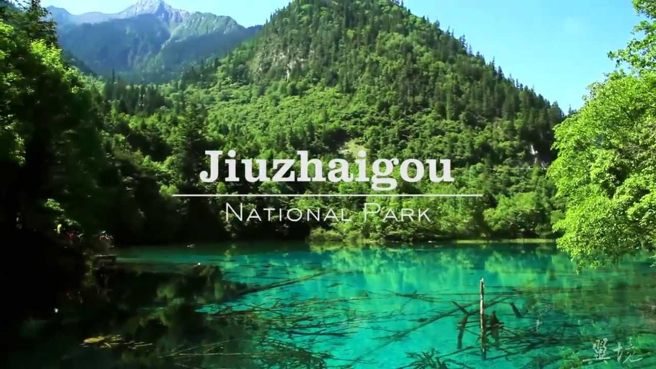Resultado de imagem para jiuzhaigou national park
