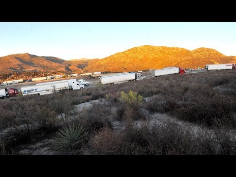 High winds stall big rigs heading into San Diego mountains