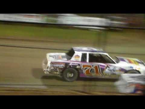 Stock Car Amain @ Marshalltown Speedway 09/01/17