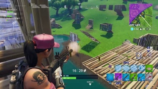 NOUVELLE POMPE ET DON // 300 VICTOIRES // PRO FORTNITE PLAYER