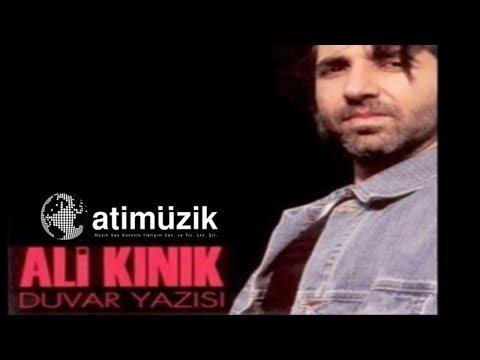 Ali Kınık - Duvar Yazısı (Ali Ayşe'yi Seviyor)