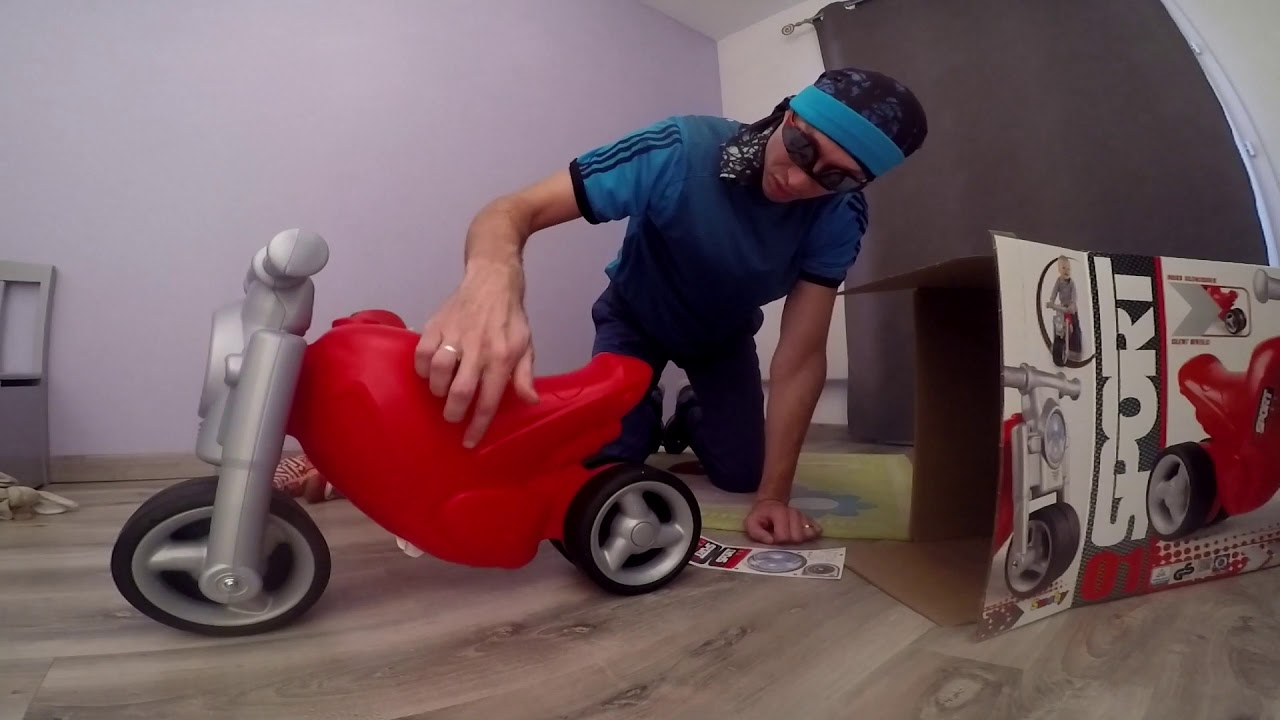 Test porteur draisienne moto smoby - YouTube