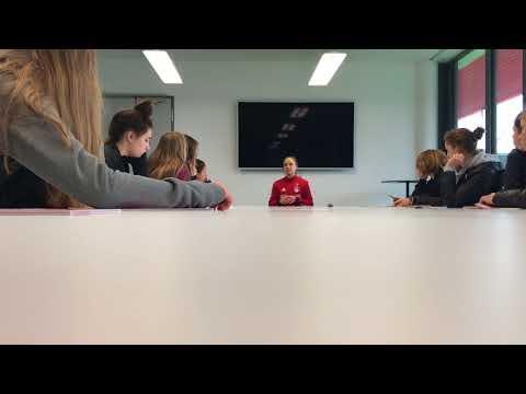 Rush Select girls meet with FC Bayern's Gina Lewandowski