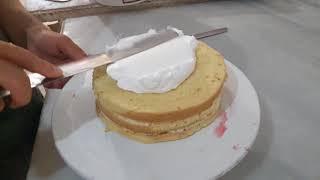 Yaş Pasta Nasıl Yapılır   Pasta Yapımı   Frambuazlı Pasta Tarifi