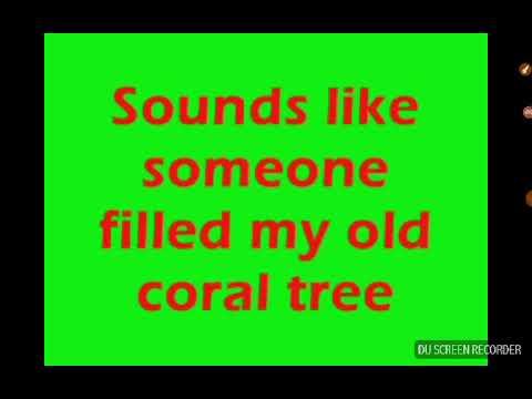 SpongeBob SquarePants - The Very First Christmas To Me (Lyrics)