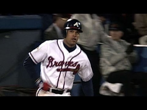 1995 WS Gm6: Justice leads off the sixth with a homer