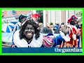 Black pete: extreme right appears to stoke dutch divisions
