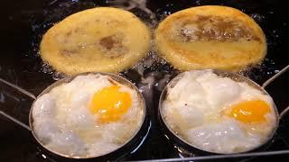 Корейская уличная еда - яичный сладкий блин,яичная булочка,жареная свинина,кимбап из свиной грудинки