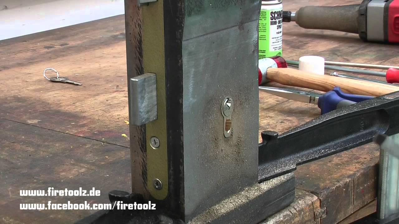 firetoolz training t r ffnung durch fr sen mit karbidfr sstift youtube. Black Bedroom Furniture Sets. Home Design Ideas