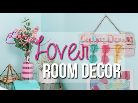 Taylor Swift Lover Inspired DIYs For Your Room! thumbnail