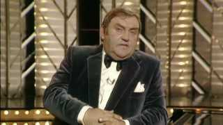 Download lagu Les Dawson - An Audience With That Never Was