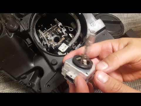 mercedes-w204-xenon-headlight-bulb-replacement