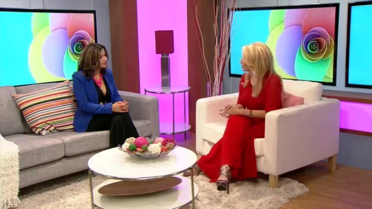 Silvia Avila en Univision con Zoe Torres