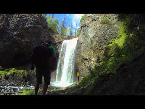 wells-gray-country:-airplane-tour-and-waterfalls