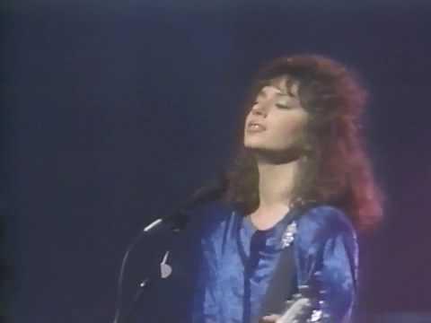 BANGLES - MANIC MONDAY(LIVE 1986)