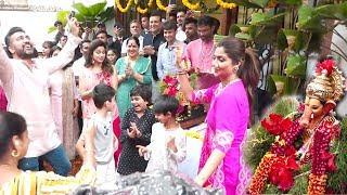 Watch Shilpa Shetty's Grand Ganpati Visarjan With Sister Shamita Shetty And  Husband Raj Kundra