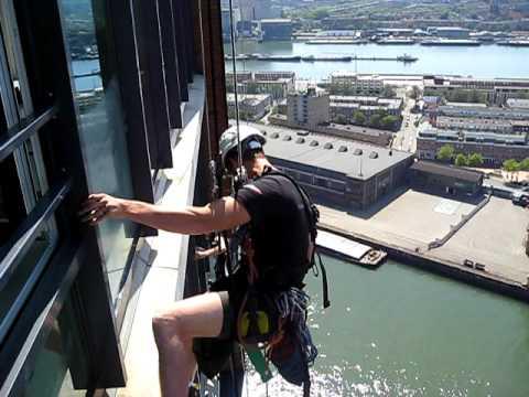 Glasbewassing woontoren Montevideo Rotterdam