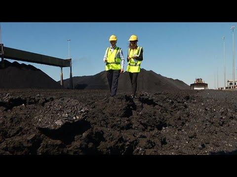 China blocks Australian coal at key port, raising tensions