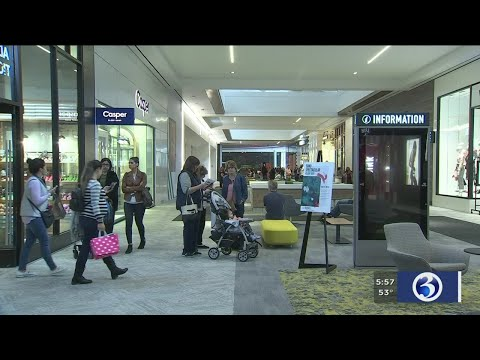 "VIDEO: Stores Open At ""The SoNo Collection"", New Shopping Mall In Norwalk"