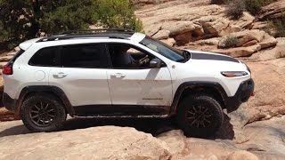 Jeep KL at Moab: Wipeout Hill on the 7 mile rim trail at Moab!