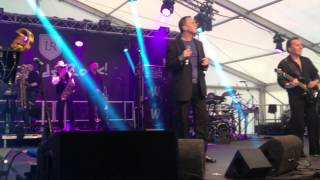 UB40 BLUE EYES CRYING IN THE RAIN - Wimbledon Rugby Legends