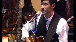 Festival Cosquín 2013 - 2º Luna - Luciano Pereyra (2 de 4)