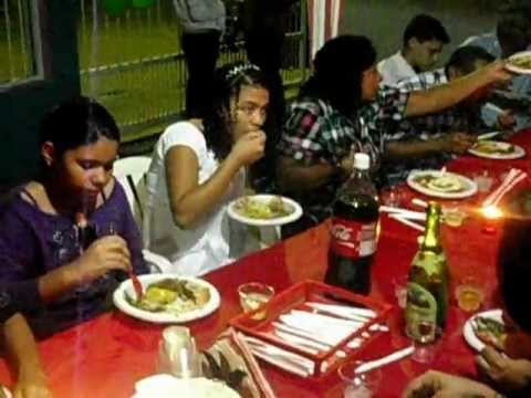 Compartiendo la cena de navidad en familia 24 12 2011 - Cenas para navidad 2015 ...