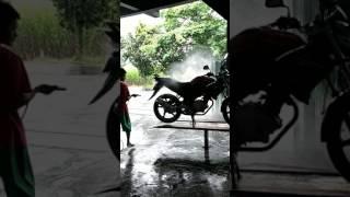 KS MOTOR kediri.#cuci mobil salju# cuci sepeda vixion sampai kinclong