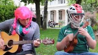 #LRDTS - Britney Spears - Baby One More Time (Guitar & ukulélé cover HD)