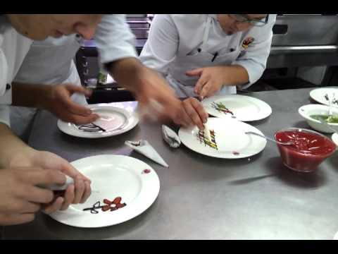 Decoraciones con cornet para postres youtube - Decoracion de platos ...