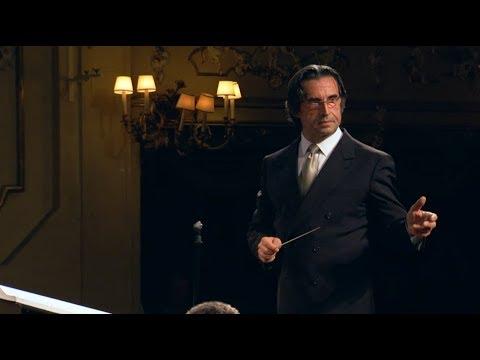 Muti Conducts Donizetti Don Pasquale Dvd Set Available On Riccardomutimusiccom